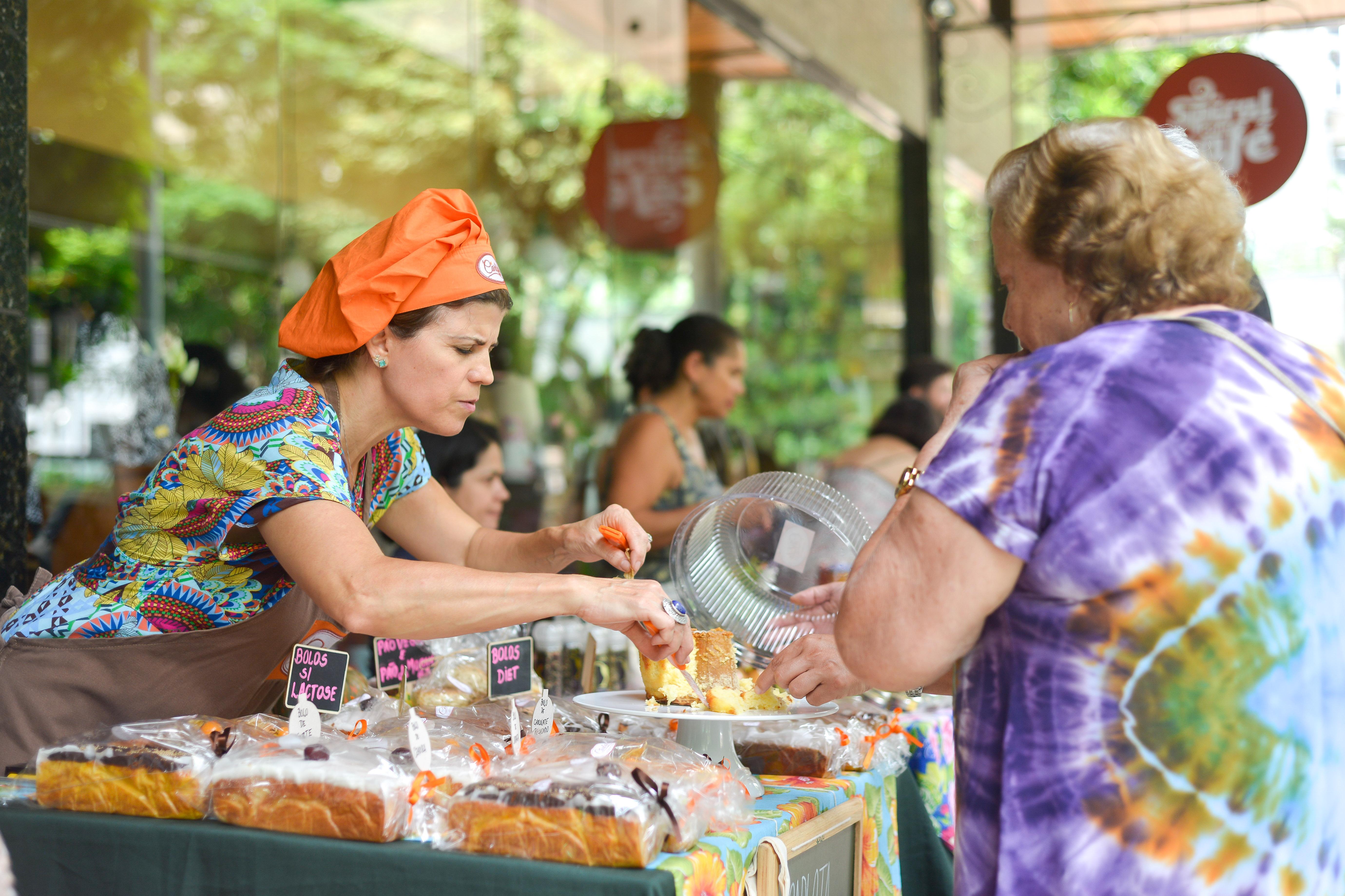 Carlota Bolos Caseiros na Feira Fresca no Spiral com Café