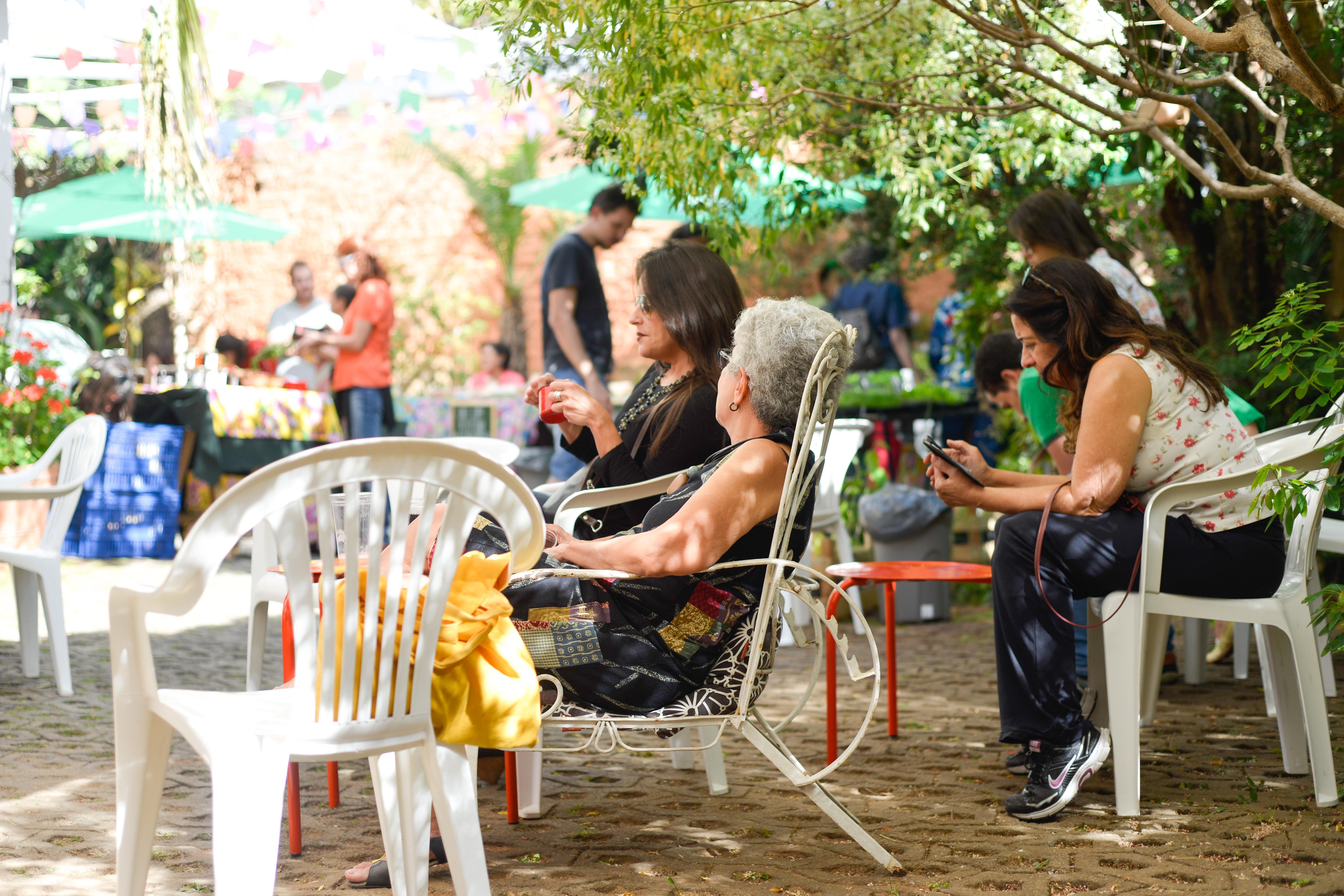 Feira Fresca na Vila 211 na Serra