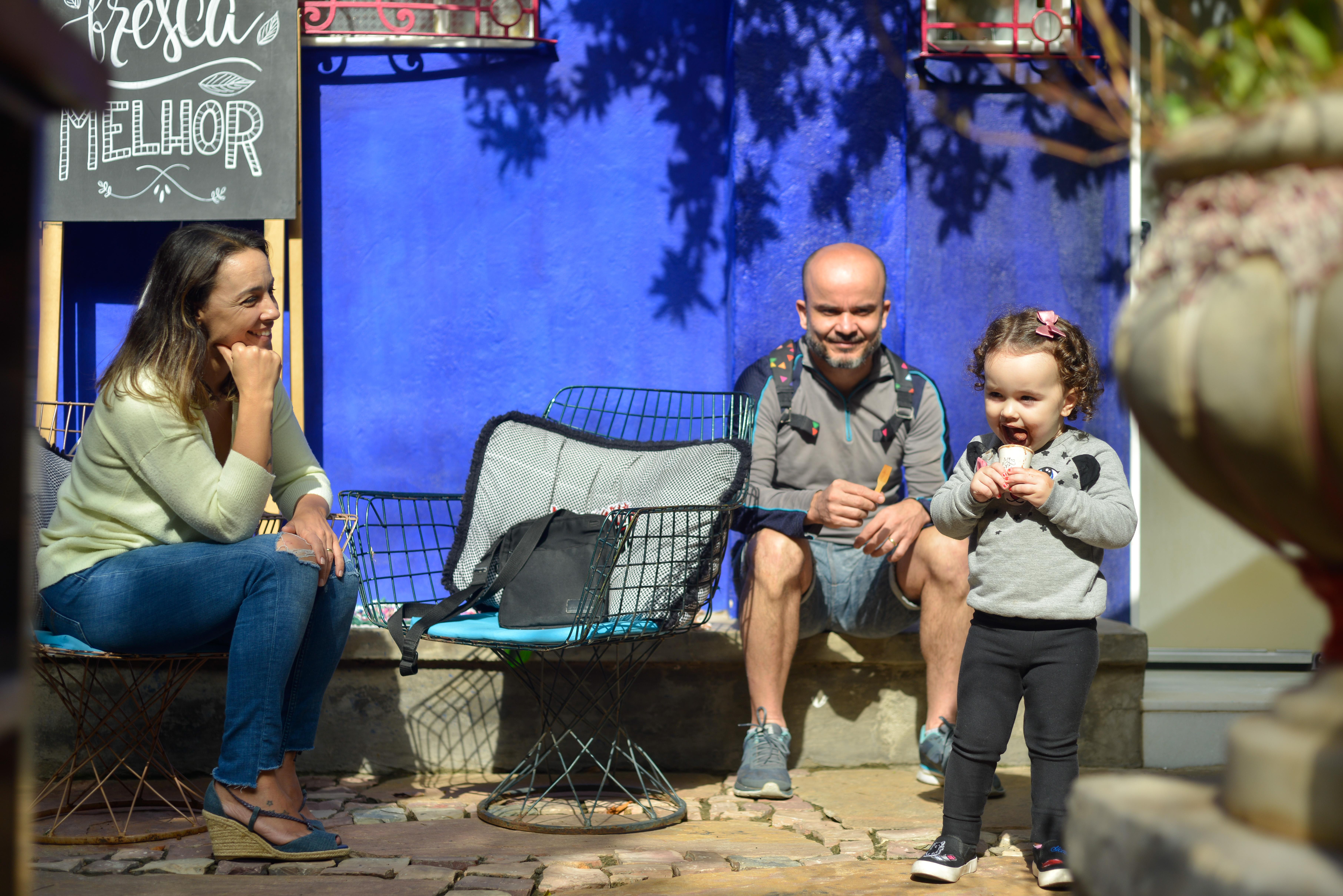 Criança na Feira Fresca Casa Rosa do Bonfim