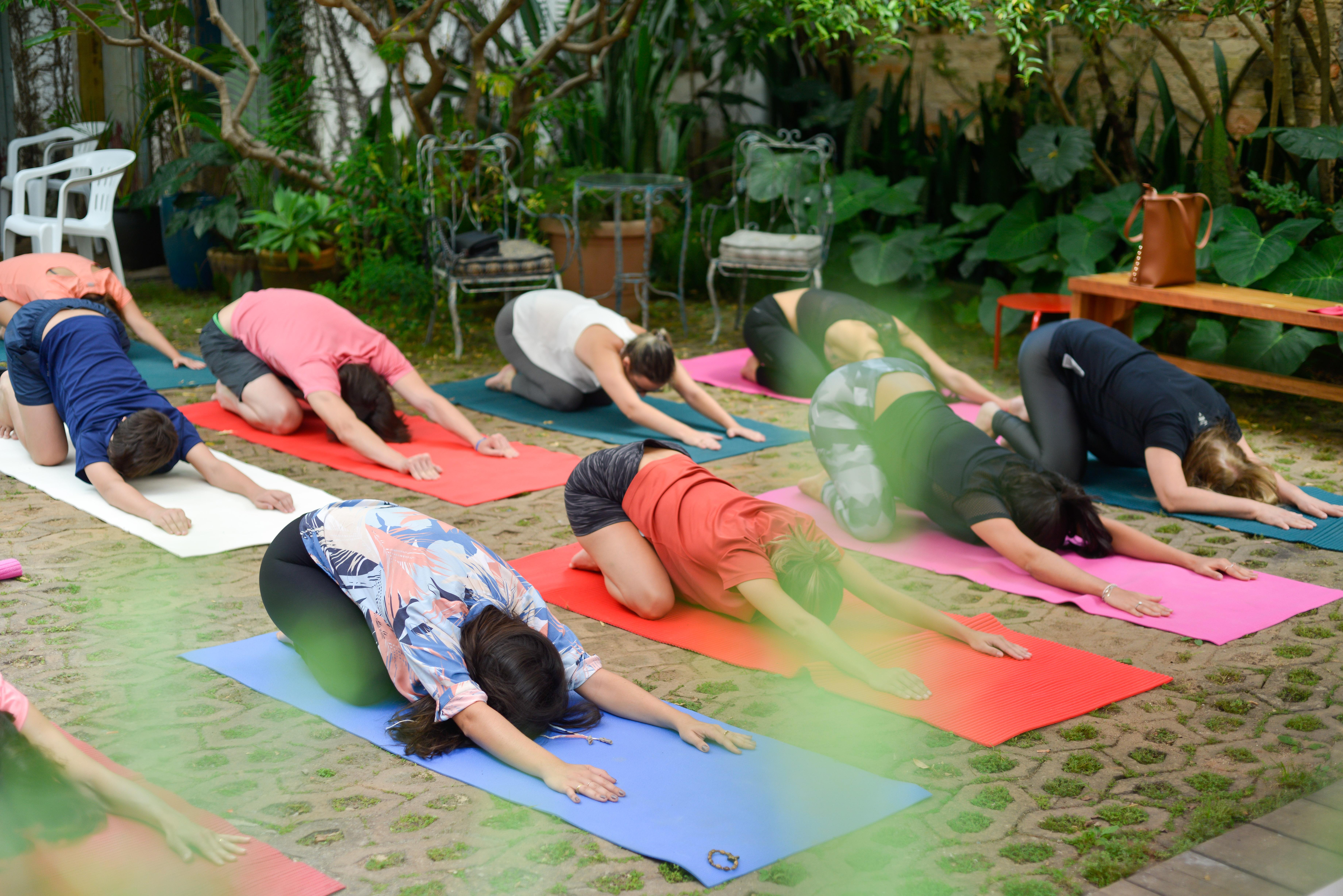 Aulão de Hatha Yoga na Feira Fresca da Vila 211
