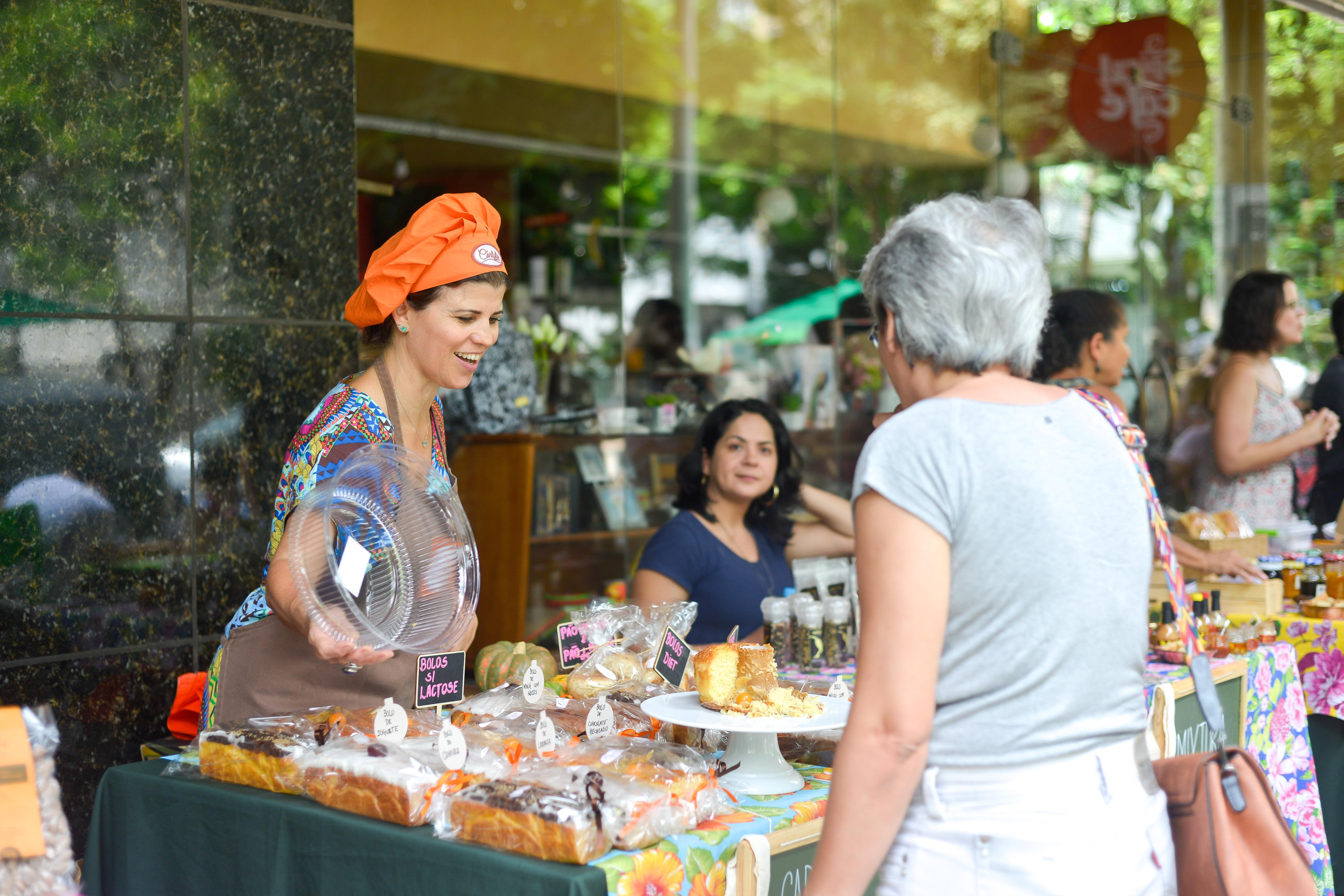 Carlota Bolos na Feira Fresca da Spiral com Café
