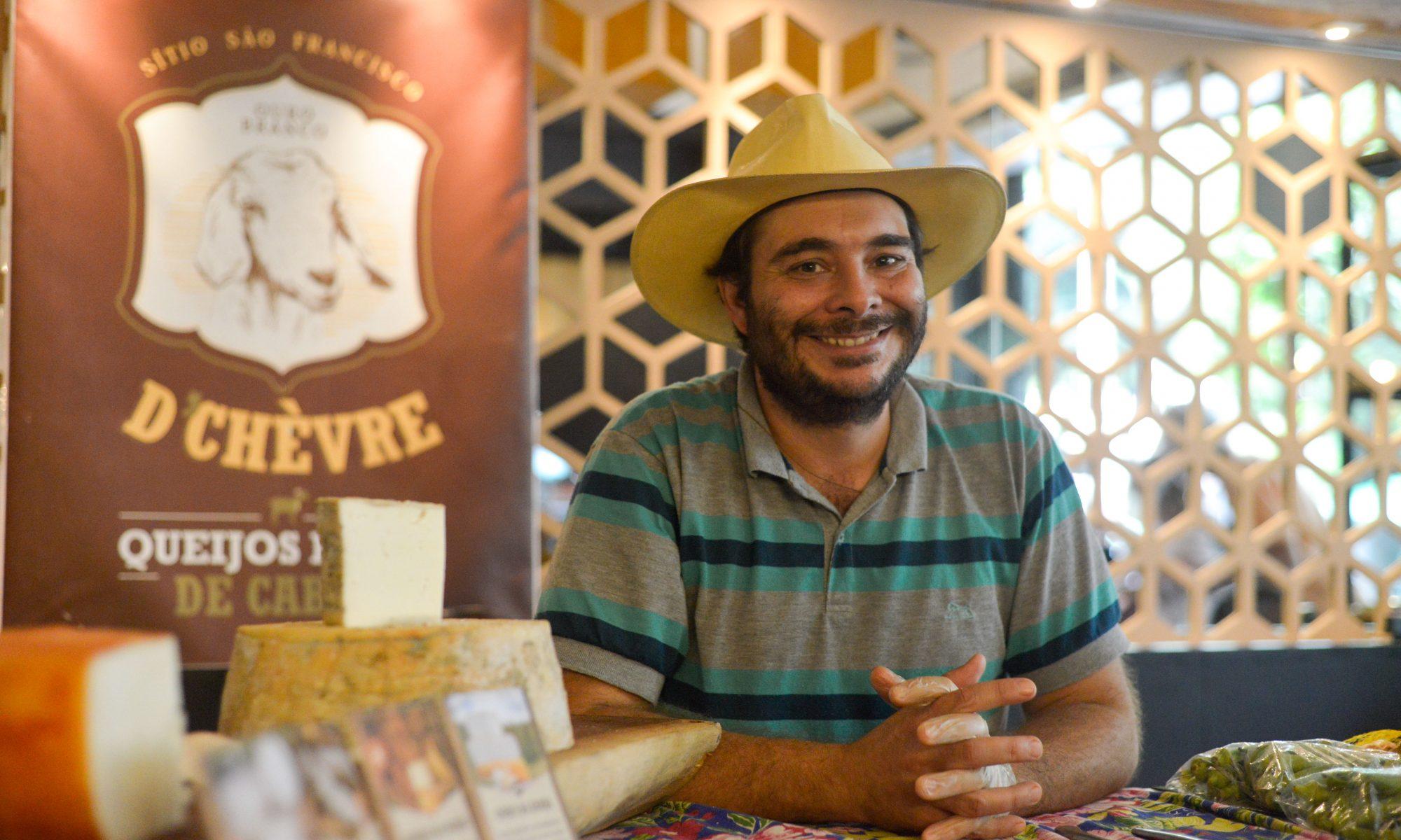 Queijos D'Chèvre na Feira Fresca do Spiral com Café
