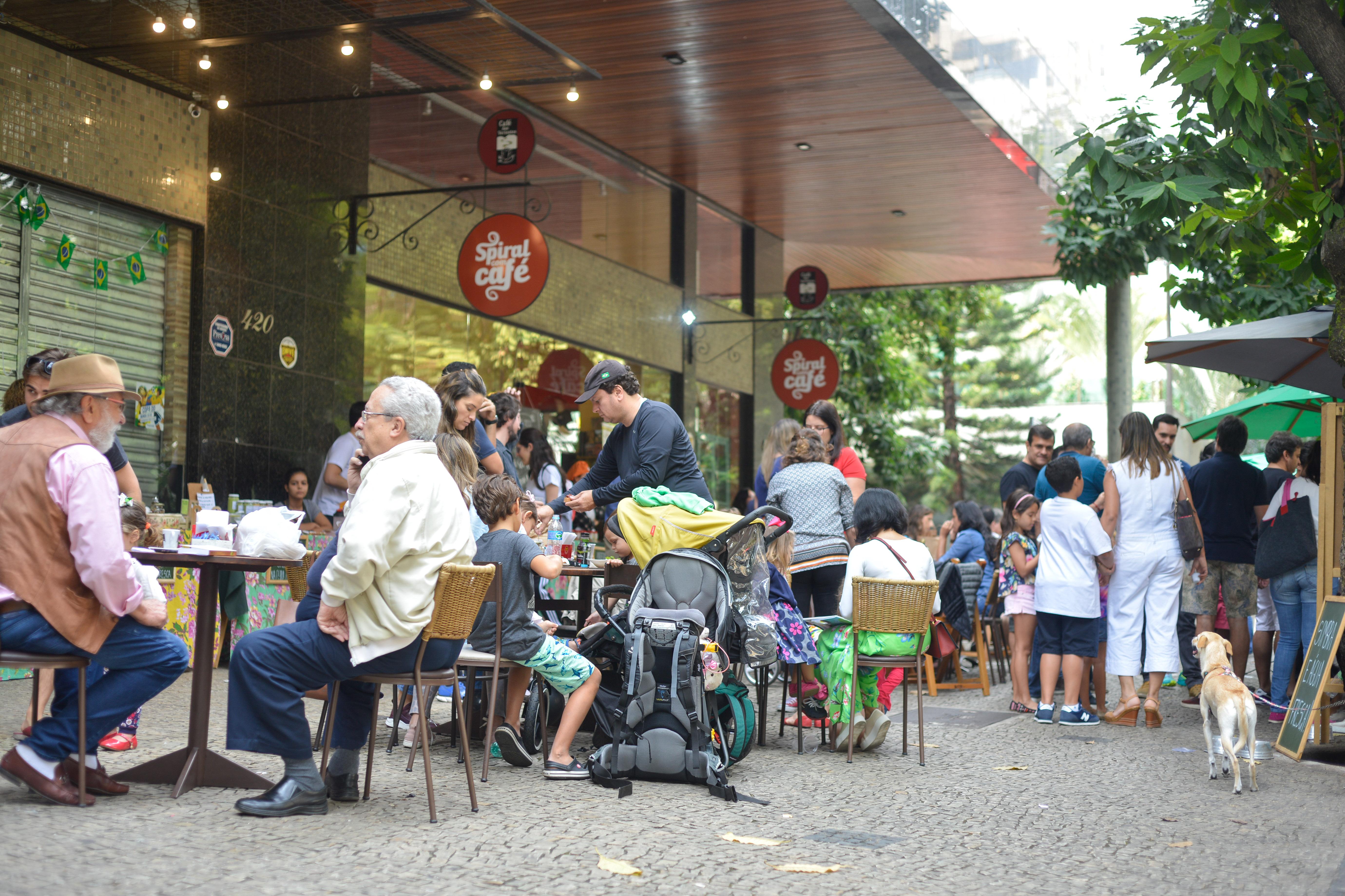 Feira Fresca na Spiral com Café